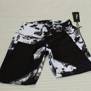Bebe sport Capri Activewear ..